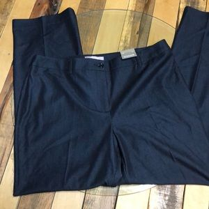 NWT Chico's ultimate indigo in size 2 short (12).
